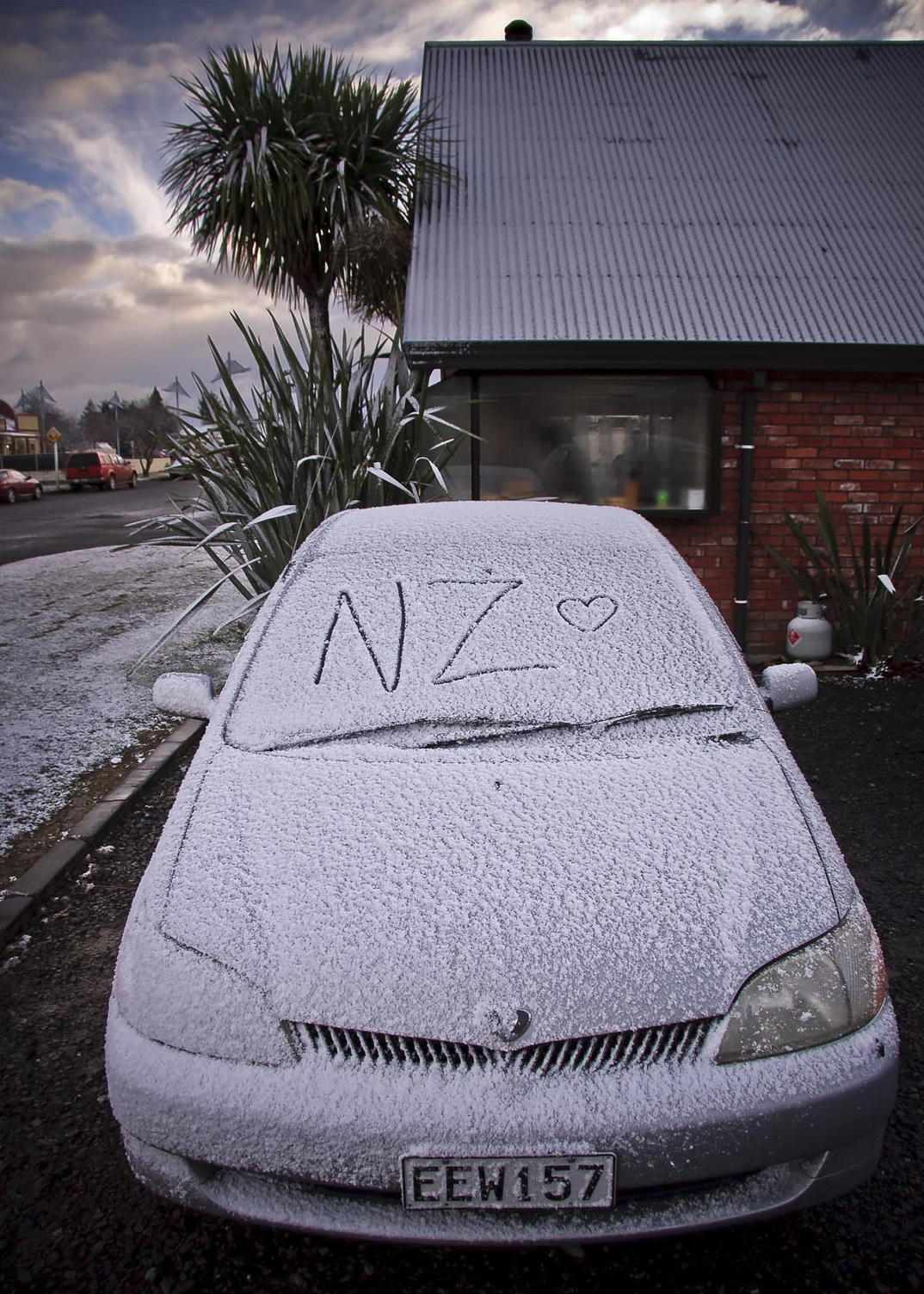First snow, Methven, Canterbury, New Zealand. Pyry Antero Pietiläinen Photography, pyryantero