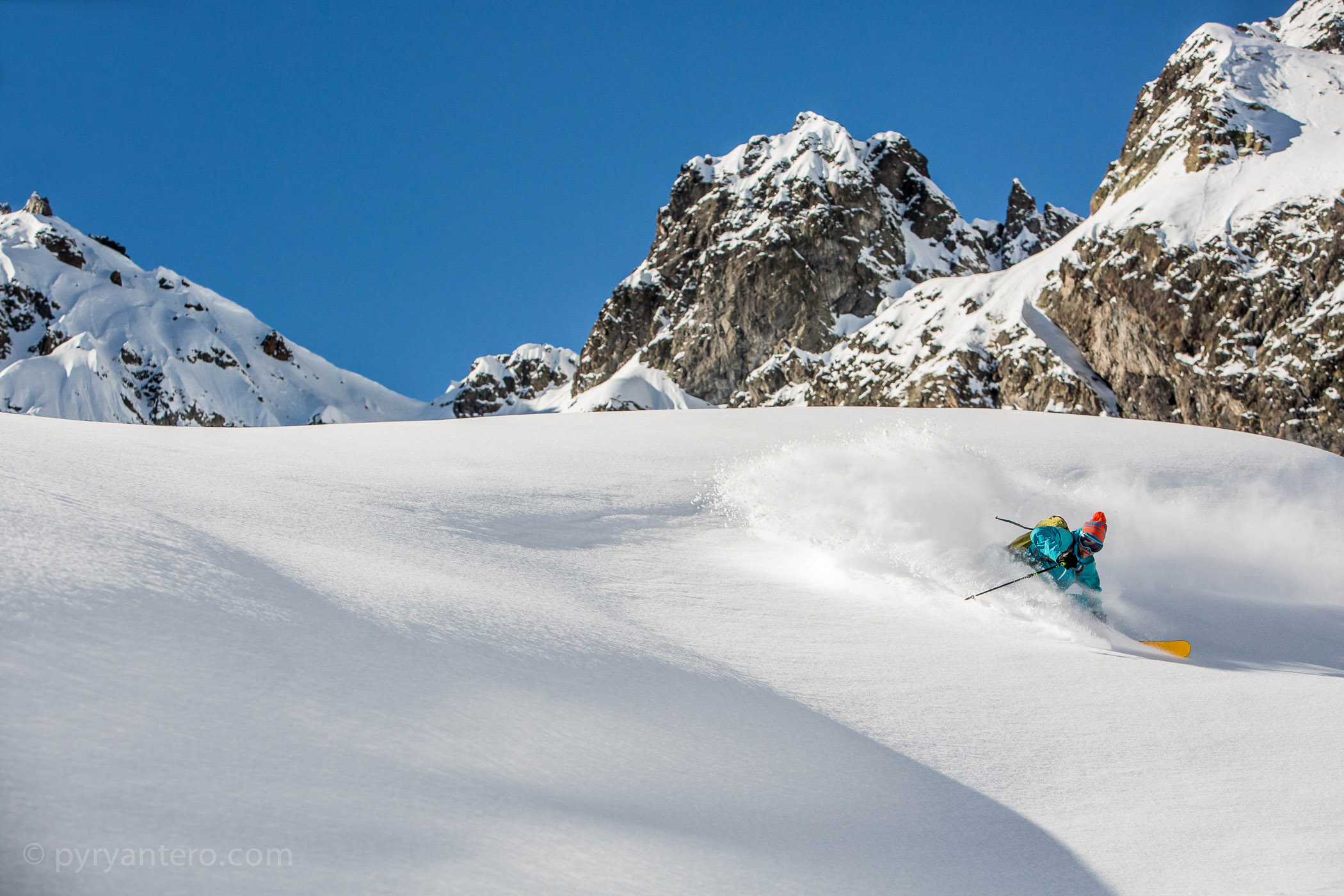 Niko Pettersson and Marker ski bindings in powder snow, Chamonix, Mont Blanc, France, © Pyry Antero Photography